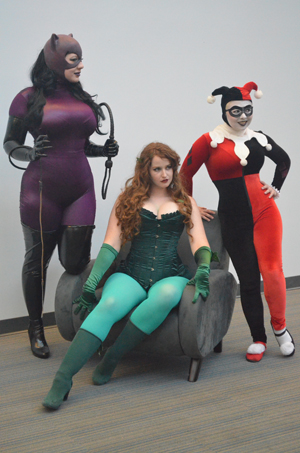 The Gotham City Sirens were seen at Big Wow- planning a heist?