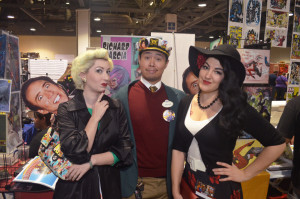Artist Abe Lopez poses with some familiar fans!